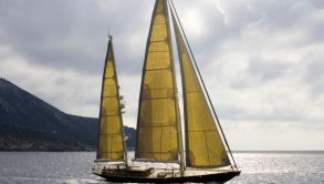 Sailing yachts in Istanbul